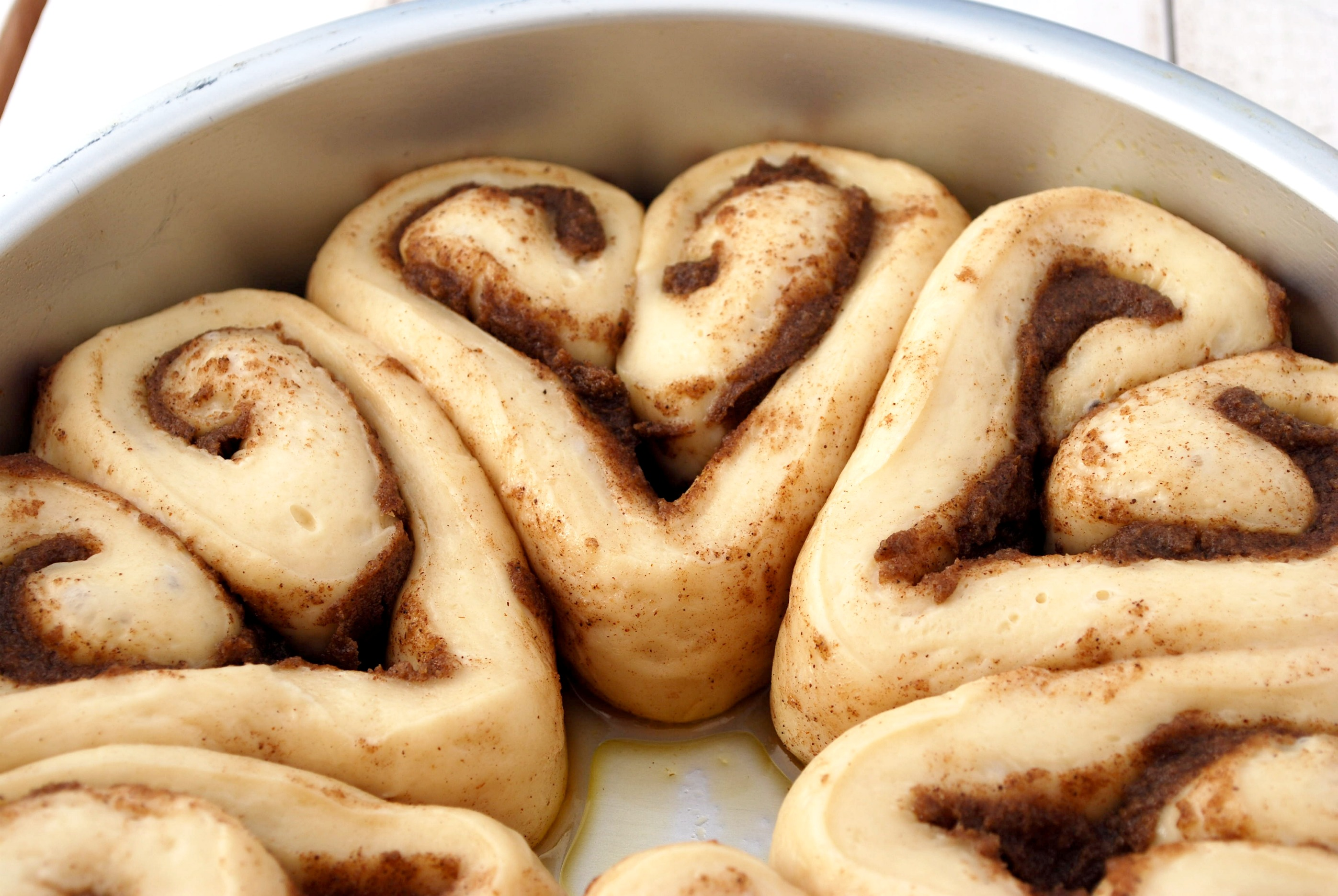 Heart Cinnamon Rolls Recipe | Cake and Allie