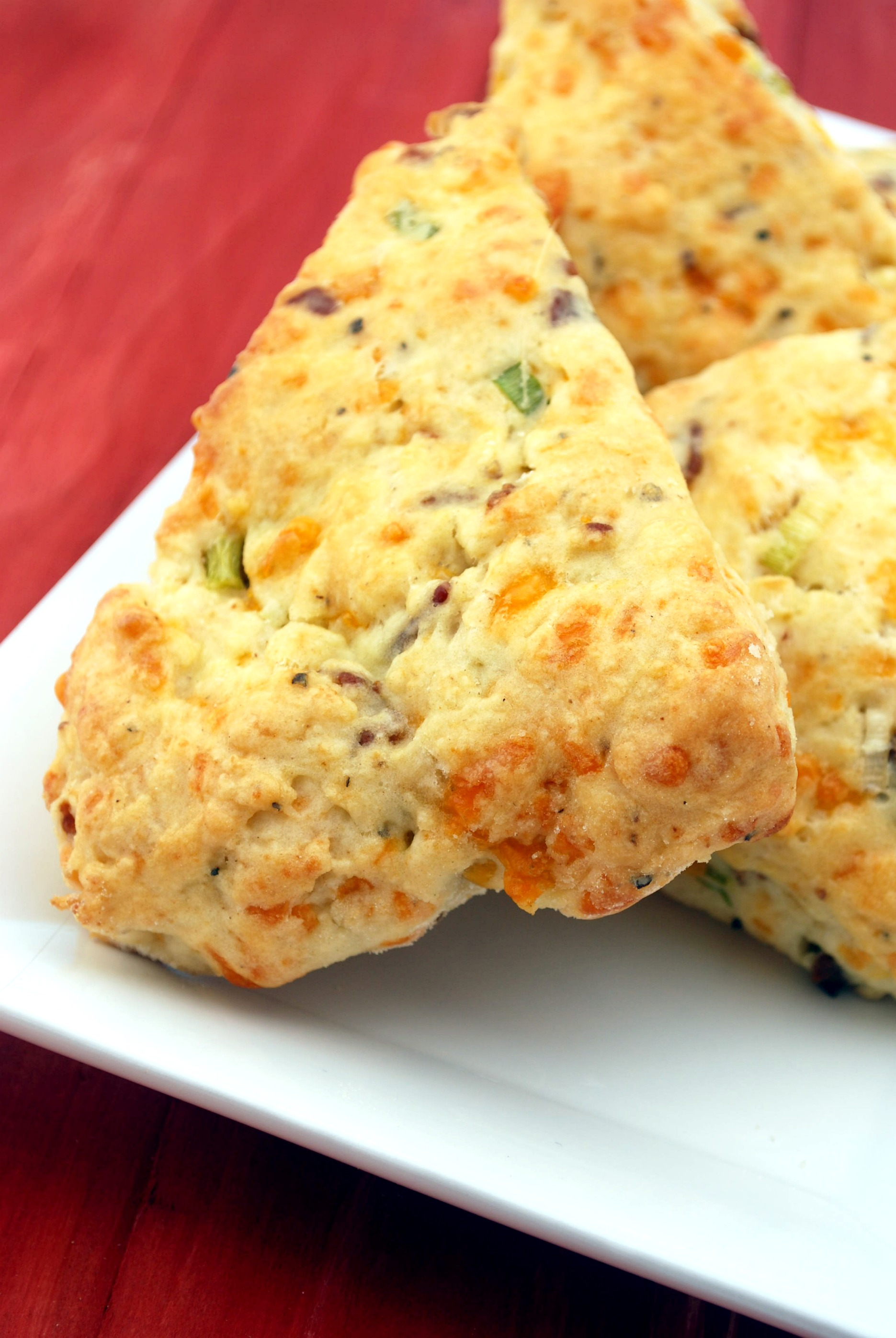 Bacon Cheddar Scones Recipe | Cake and Allie